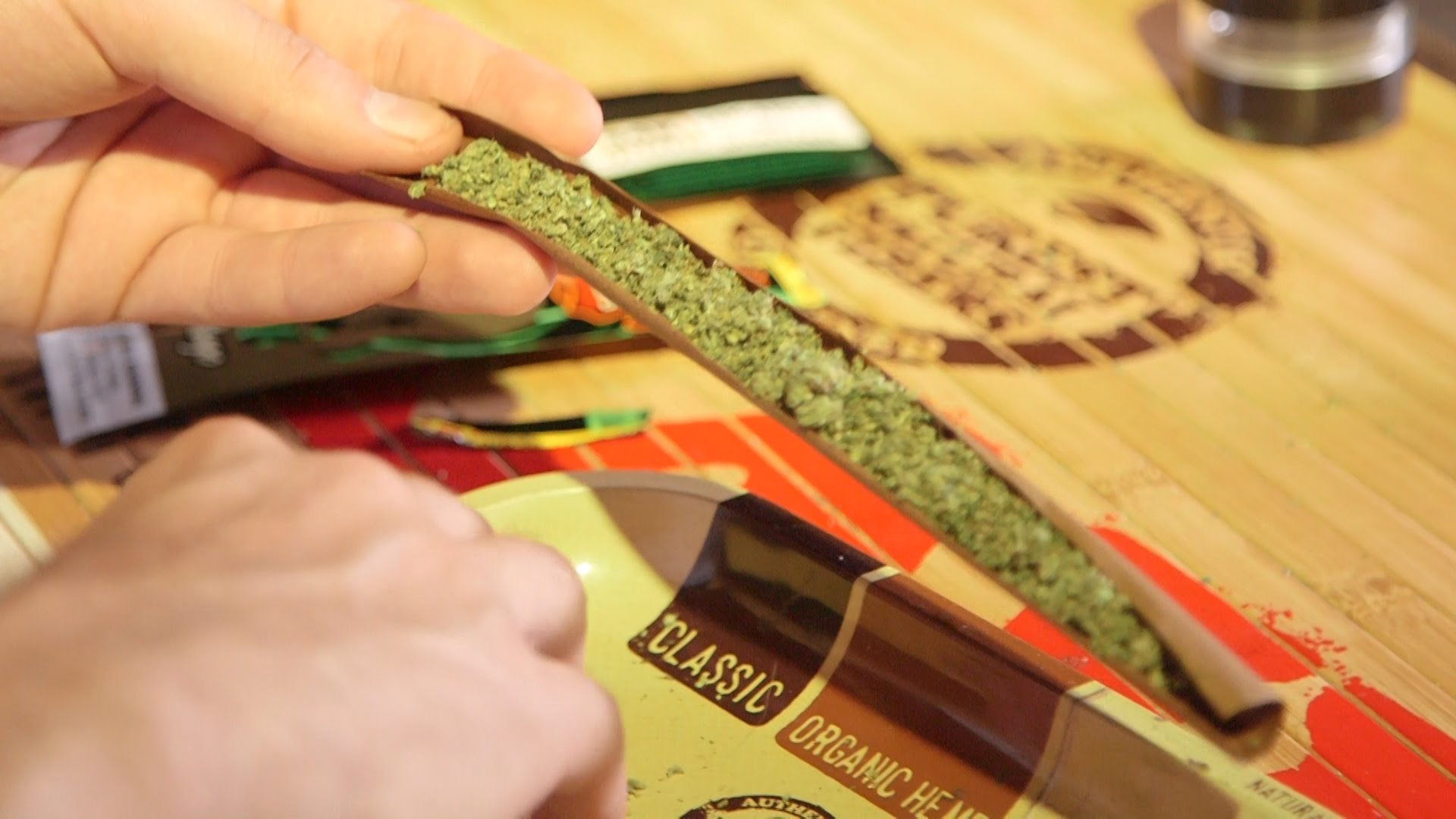 How to Roll & Make Your Own Extendo Blunt: Cannabasics #20