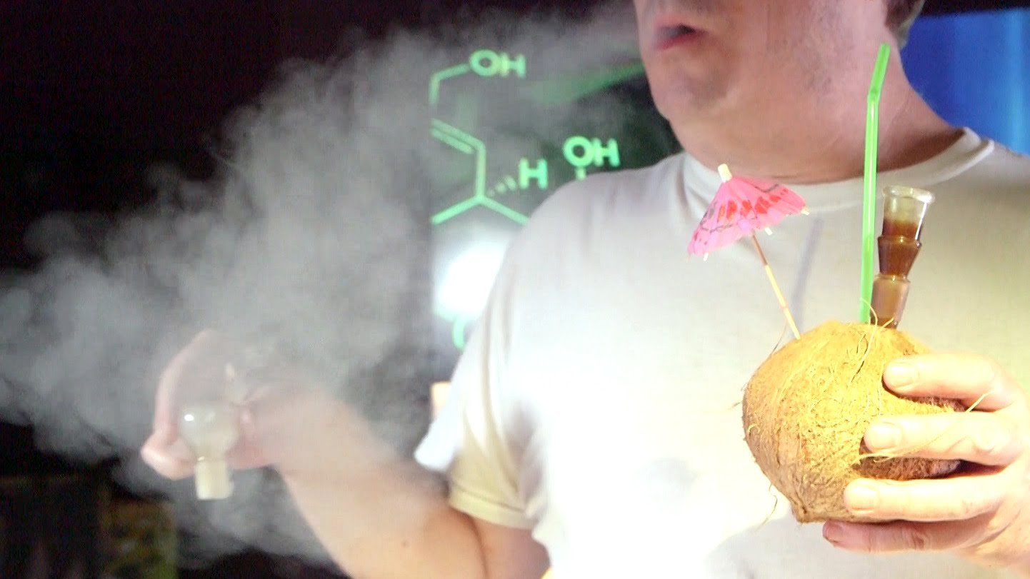 Weed Hacks #10: Food Edition Kiwi/ Jalapeno Pipe, Watermelon/ Coconut Bongs & Waterfalls