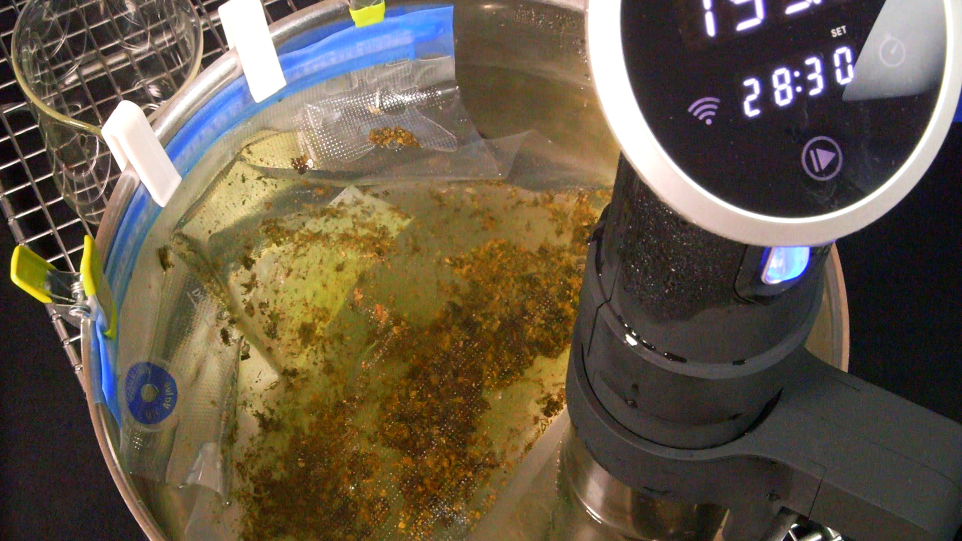 sous-vide-cannabis-oil-butter-cannabasics-101-thumbnail-1